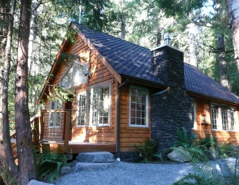 Muir Cabin at Mt Rainier