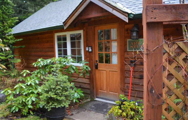 Art Studio Cabin at Mt Rainier