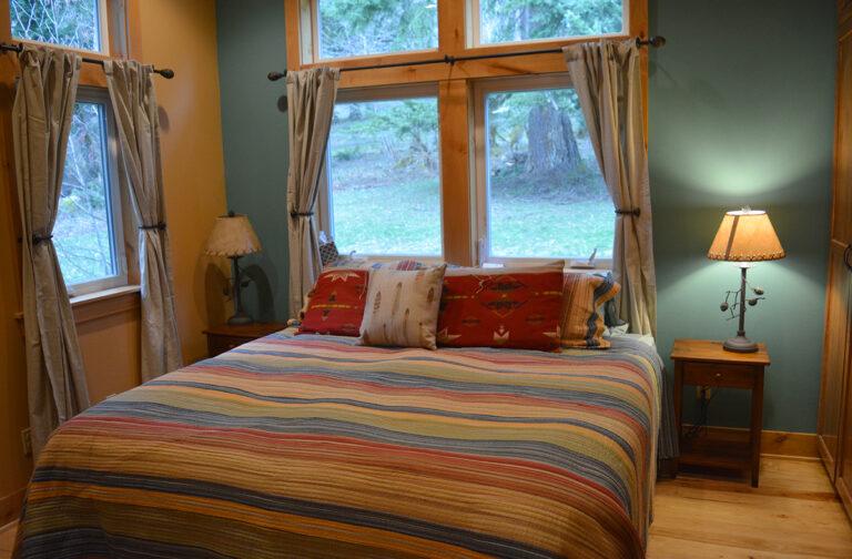 King bedroom @5