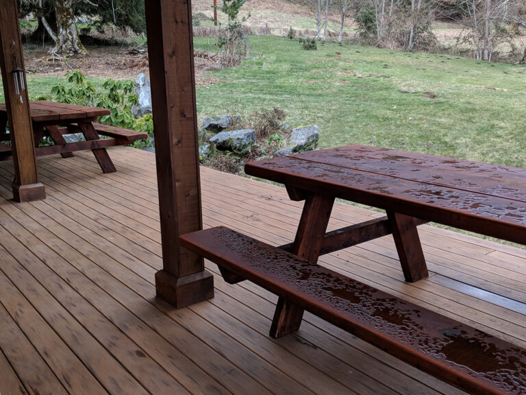 3 large picnic tables