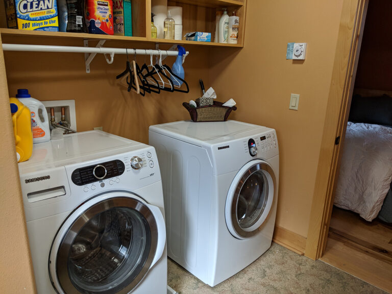 Washer and Dryer available for guests to use